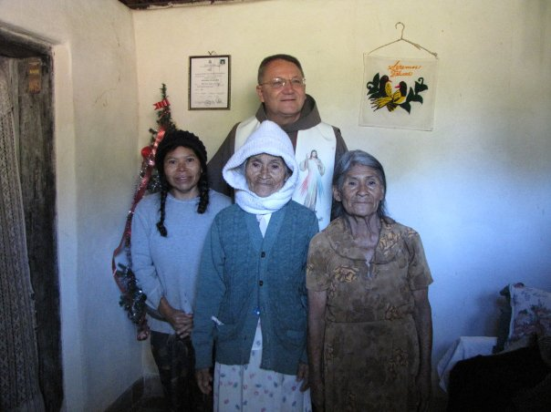 Fr. Ken with 3 generations, Daughter, Mother, Grandmother!