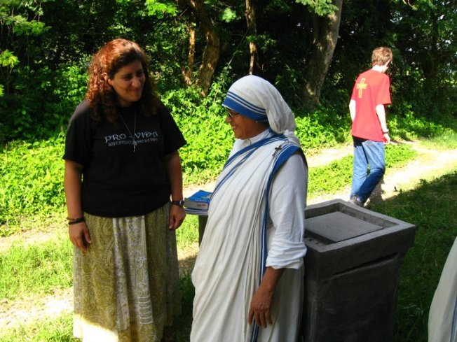 We frequently collaborate with the Missionaries of Charity, who happen to also live in our neighborhood in Comayagua